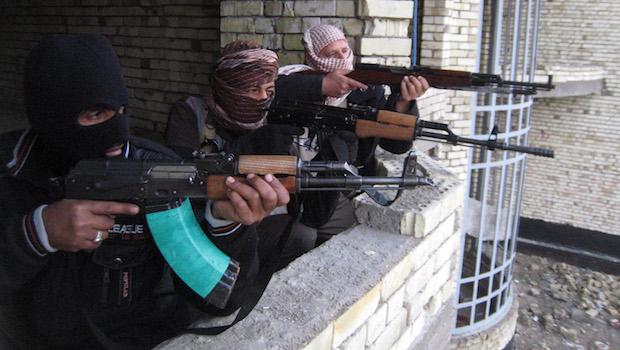 iraq-fallujah-gunmen.jpg