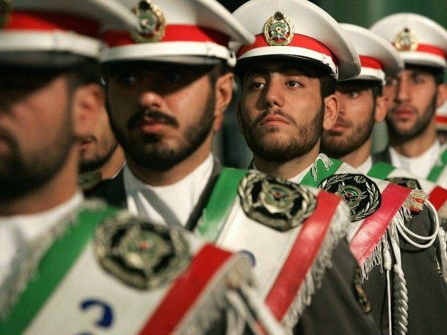 Iran-Revolutionary-Guard-Getty-640x480.jpg